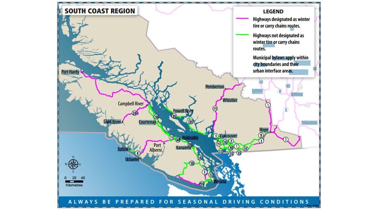 Les routes où des pneus d'hiver ou des chaînes sont obligatoires du 1er octobre au 30 avril en Colombie-Britannique. (en rose)
