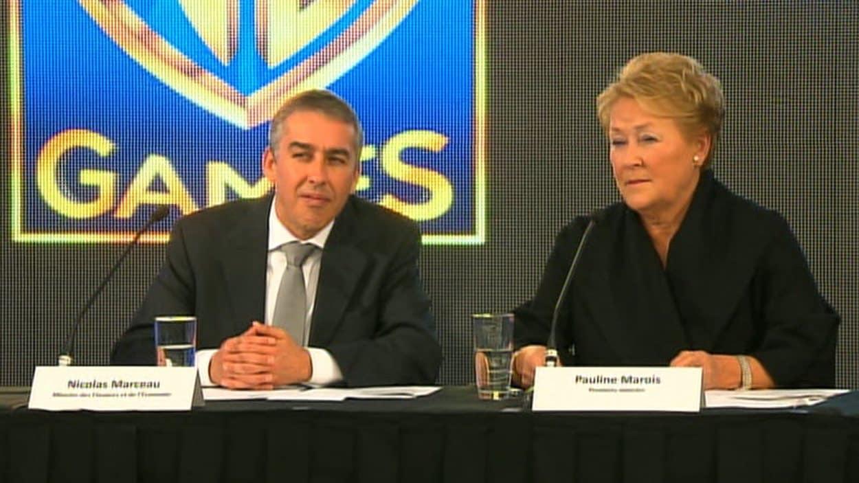 Le ministre des Finances, Nicolas Marceau, et la première ministre, Pauline Marois