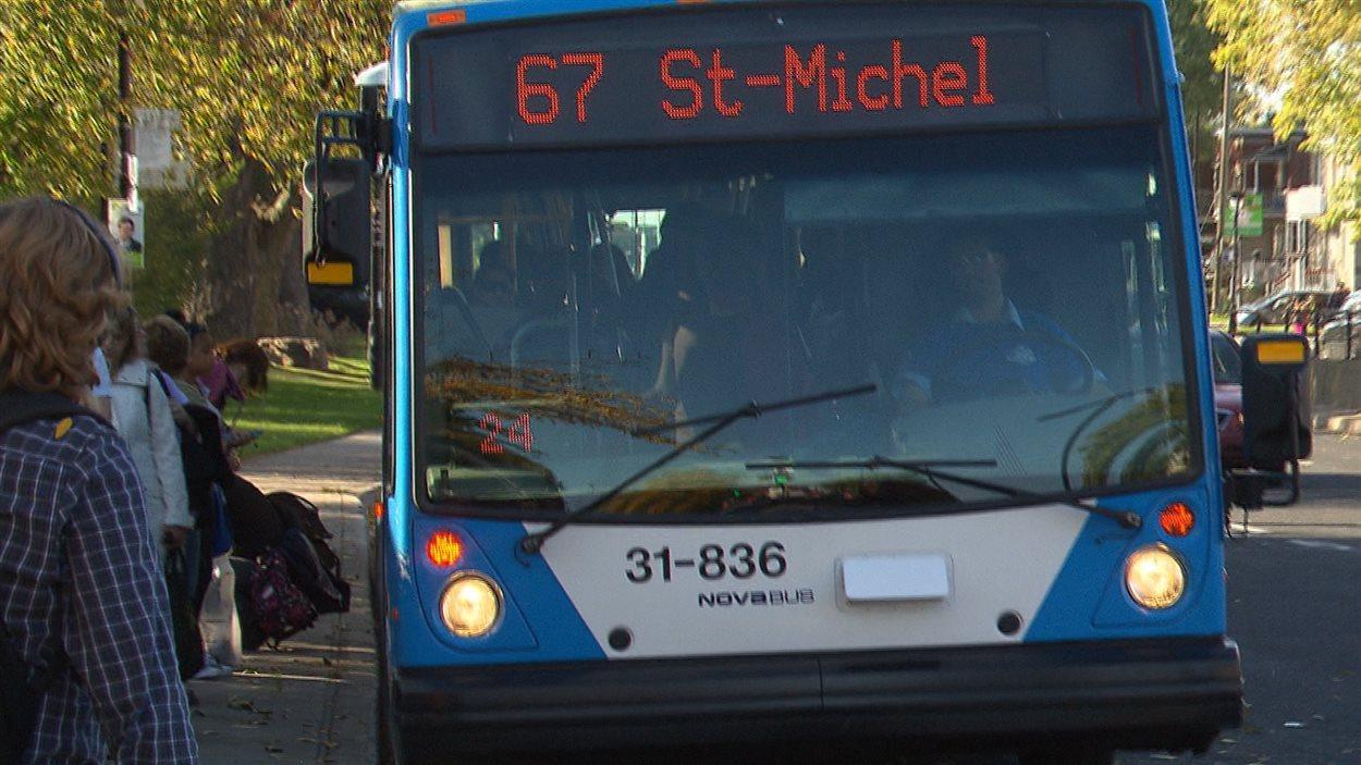 Un autobus à Montréal