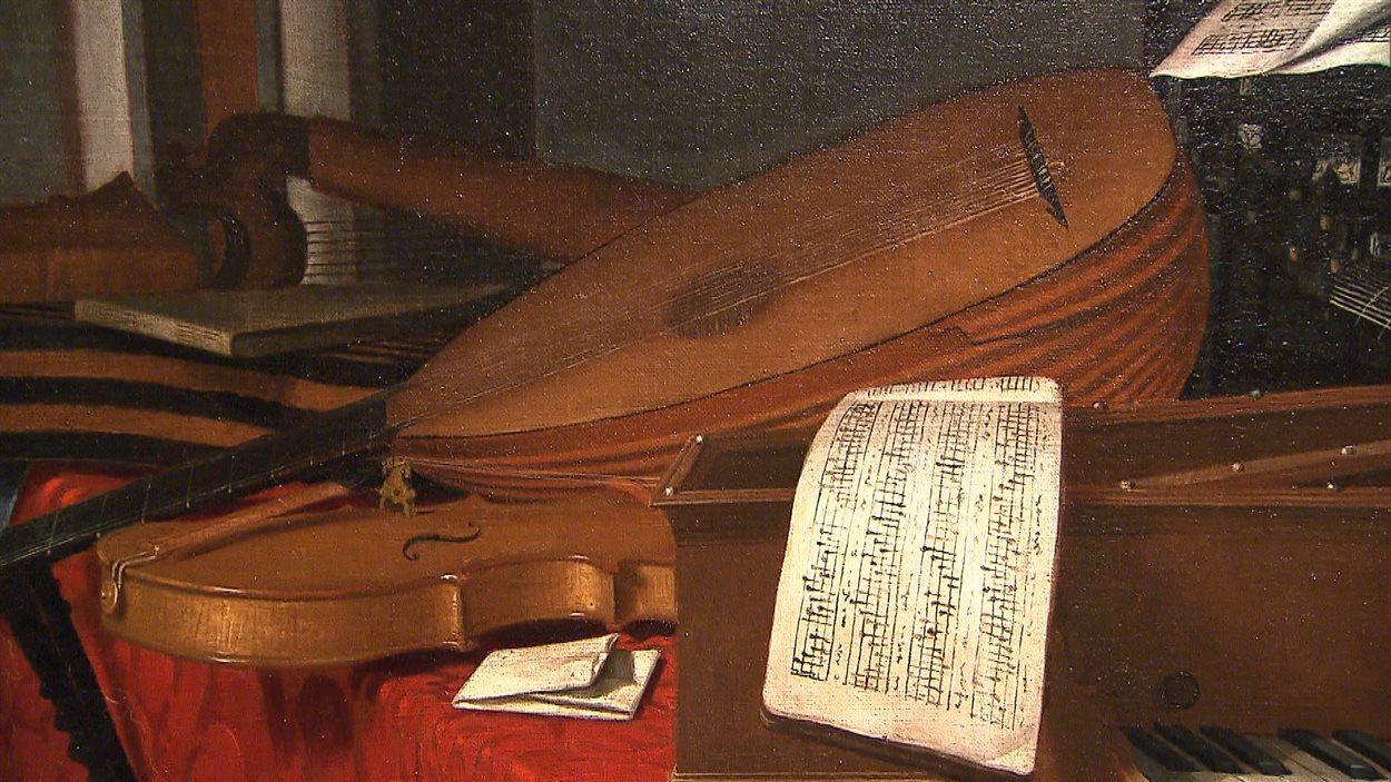 Nature morte aux instruments de musique dans un intérieur. Détails d'une toile d'Evaristo Baschenis (1660)