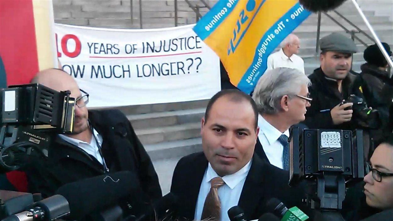 Mohamed Harkat s'est rendu en Cour suprême jeudi matin.