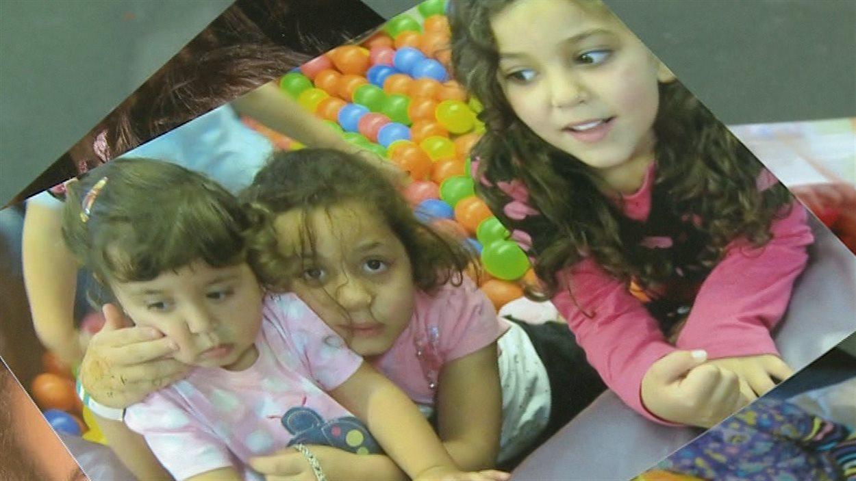 Les trois filles de Ghassan Elgadi, qui sont coincées à Gaza avec leur mère.