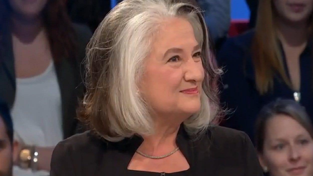 Marie Laberge sur le plateau de l'émission Tout le monde en parle, en octobre 2013
