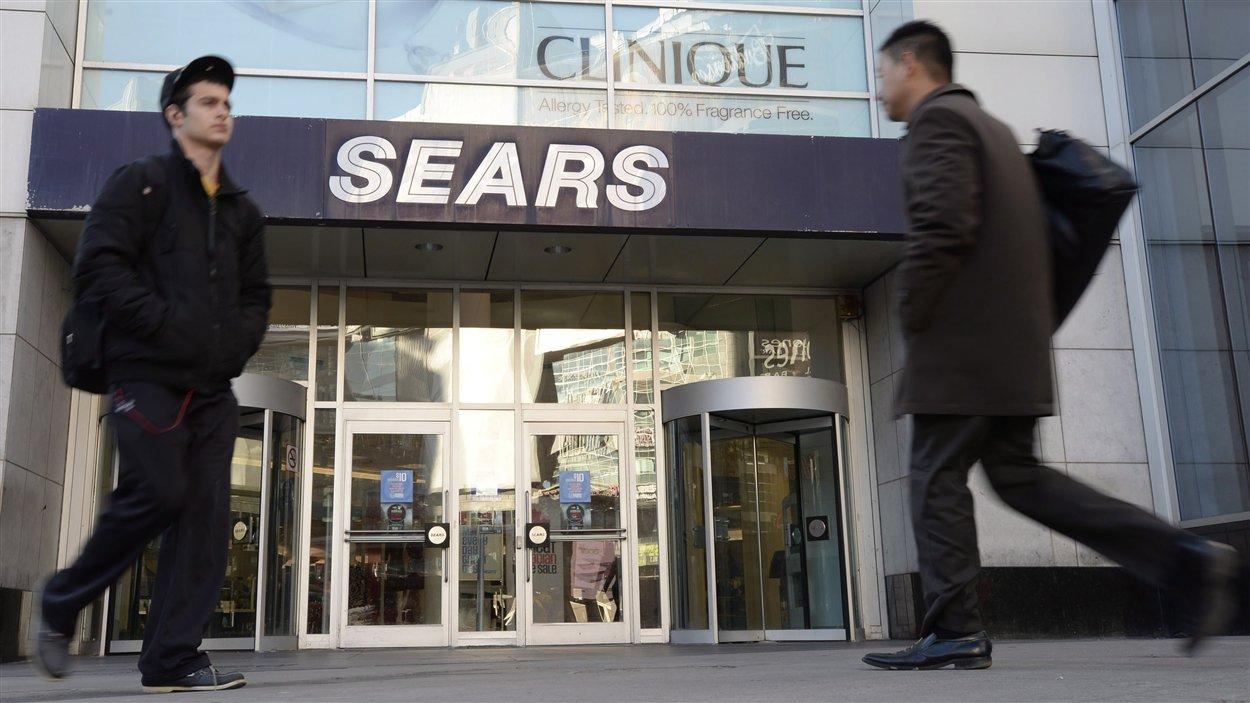Le magasin Sears du Centre Eaton de Toronto fermera ses portes d'ici le 28 février 2014.