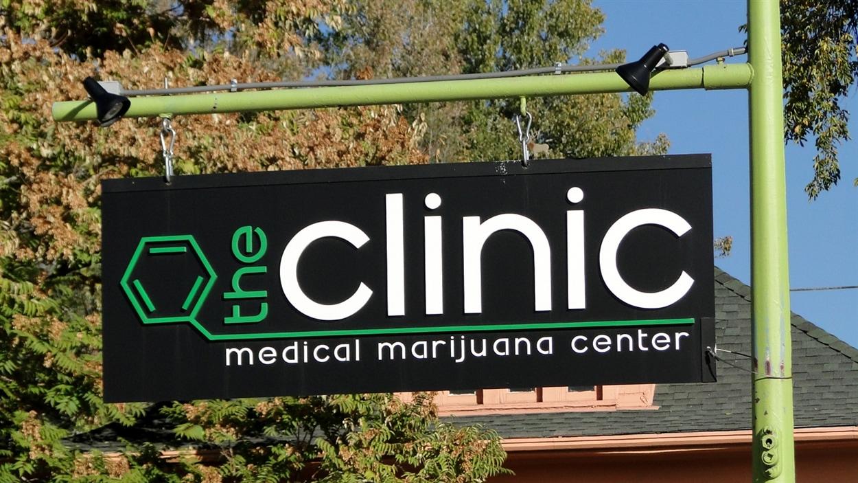 À Denver, on trouve déjà 200 « dispensaires » de marijuana médicale comme celui-ci. En janvier, plusieurs deviendront de simples magasins pour les 21 ans et plus.