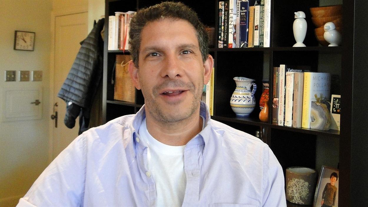 Le professeur de droit Sam Kamin dit que le Colorado a dû créer une loi sans avoir de modèle à suivre.