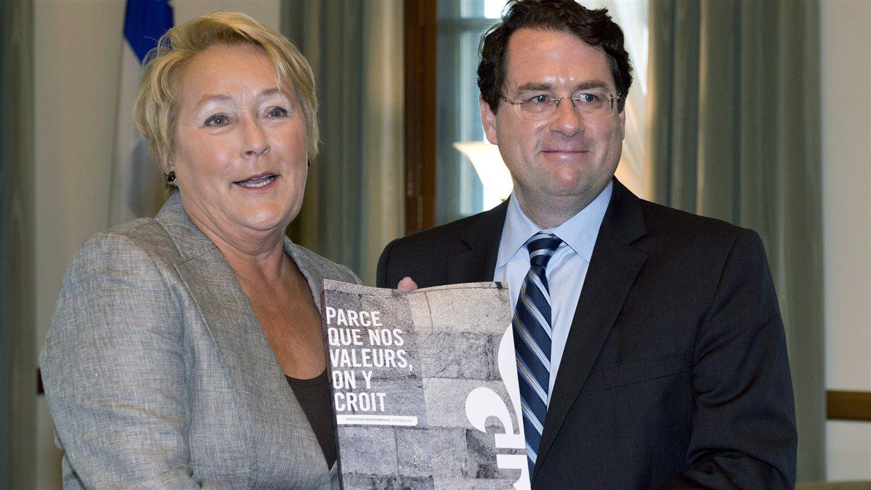 Pauline Marois et Bernard Drainville lors de l'annonce du projet de charte des valeurs