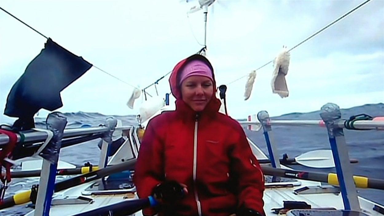 Mylène Paquette, au large des côte bretonnes