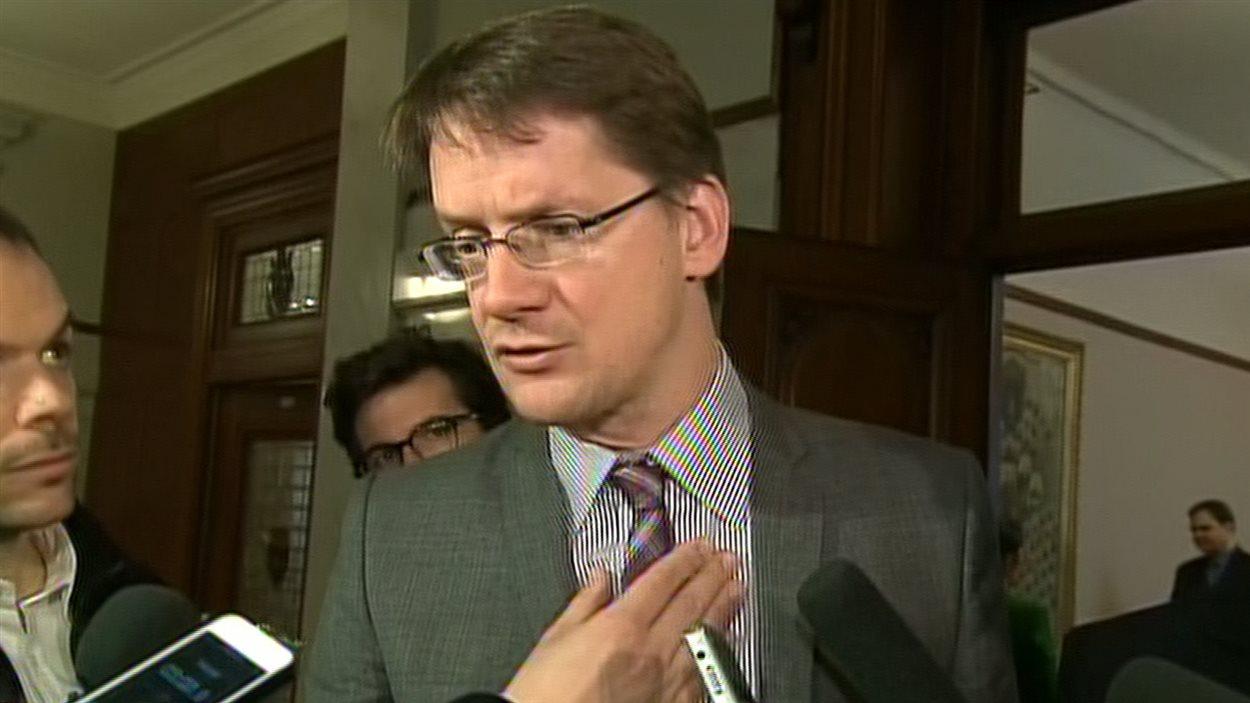 Le ministre des Transports, Sylvain Gaudreault