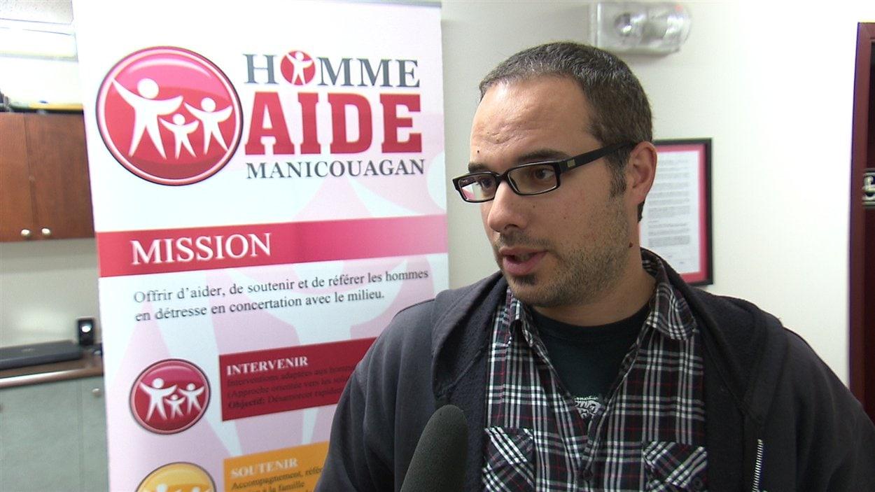 Le coordonnateur d'Homme Aide Manicouagan, Patrick Desbiens