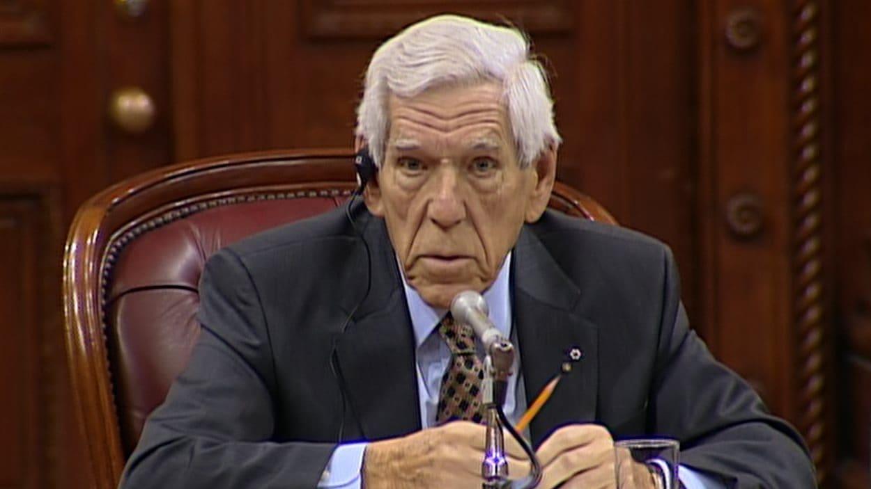 Claude Castonguay en commission parlementaire