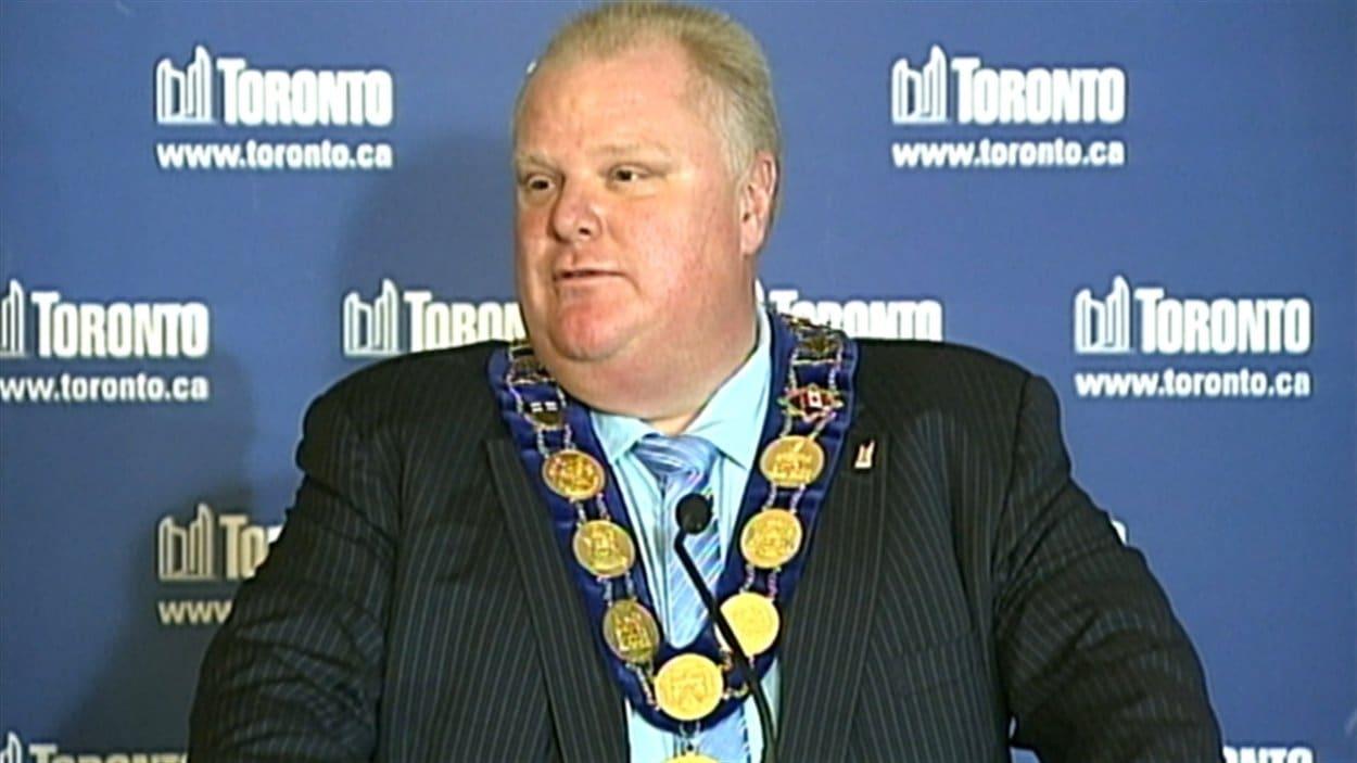 Le maire Rob Ford a défendu son bilan devant des gens d'affaires de Toronto, jeudi soir.