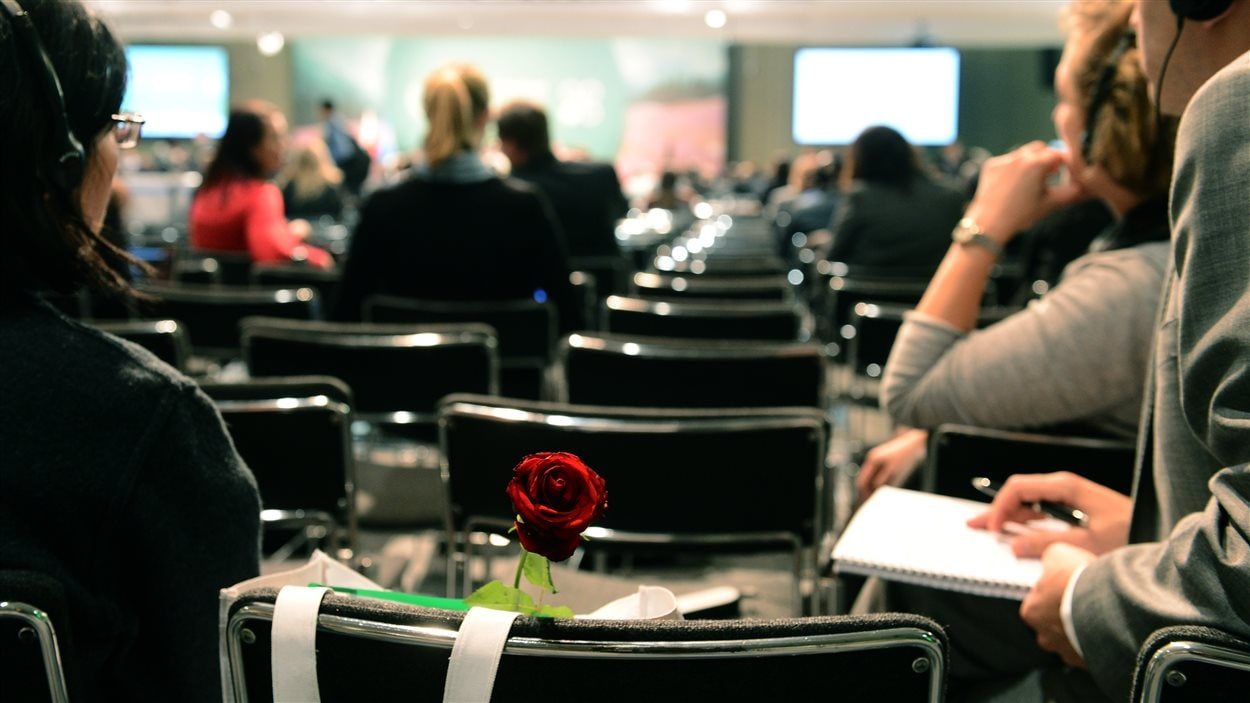 Des participent assistaient à la 19e conférence des Nations Unies sur le climat à Varsovie, le 22 novembre 2013