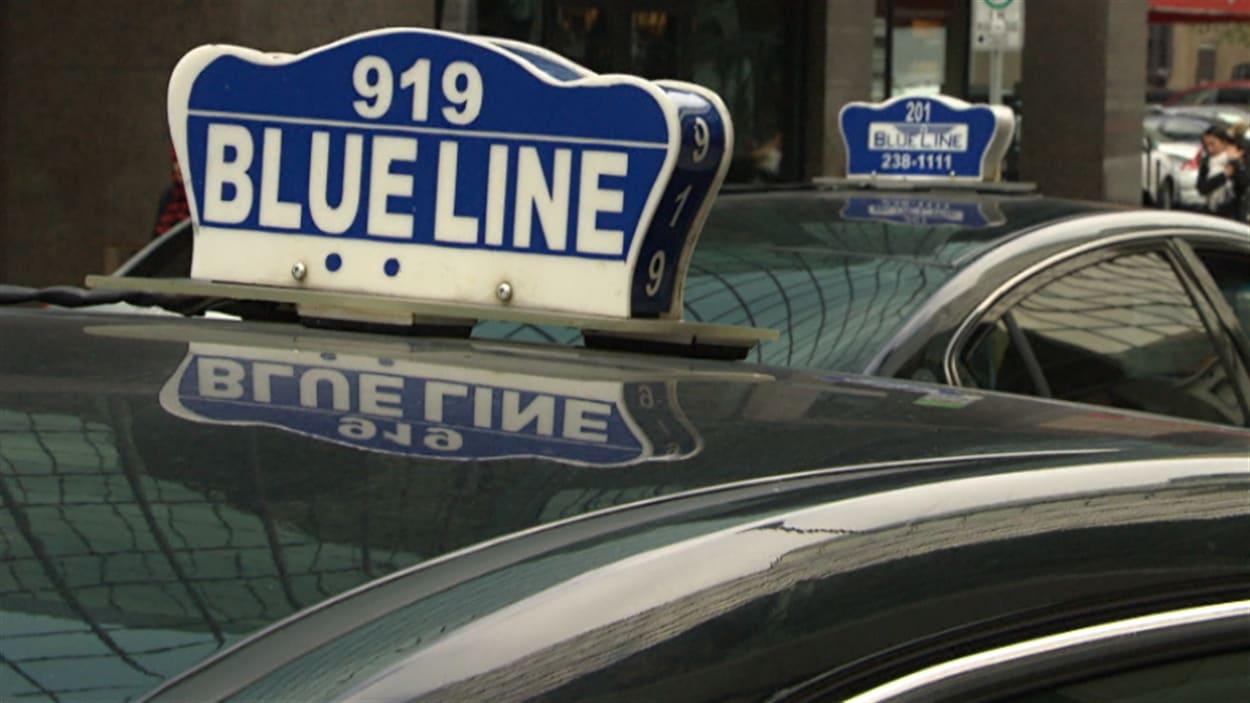 La compagnie de taxi d'Ottawa Blue Line.