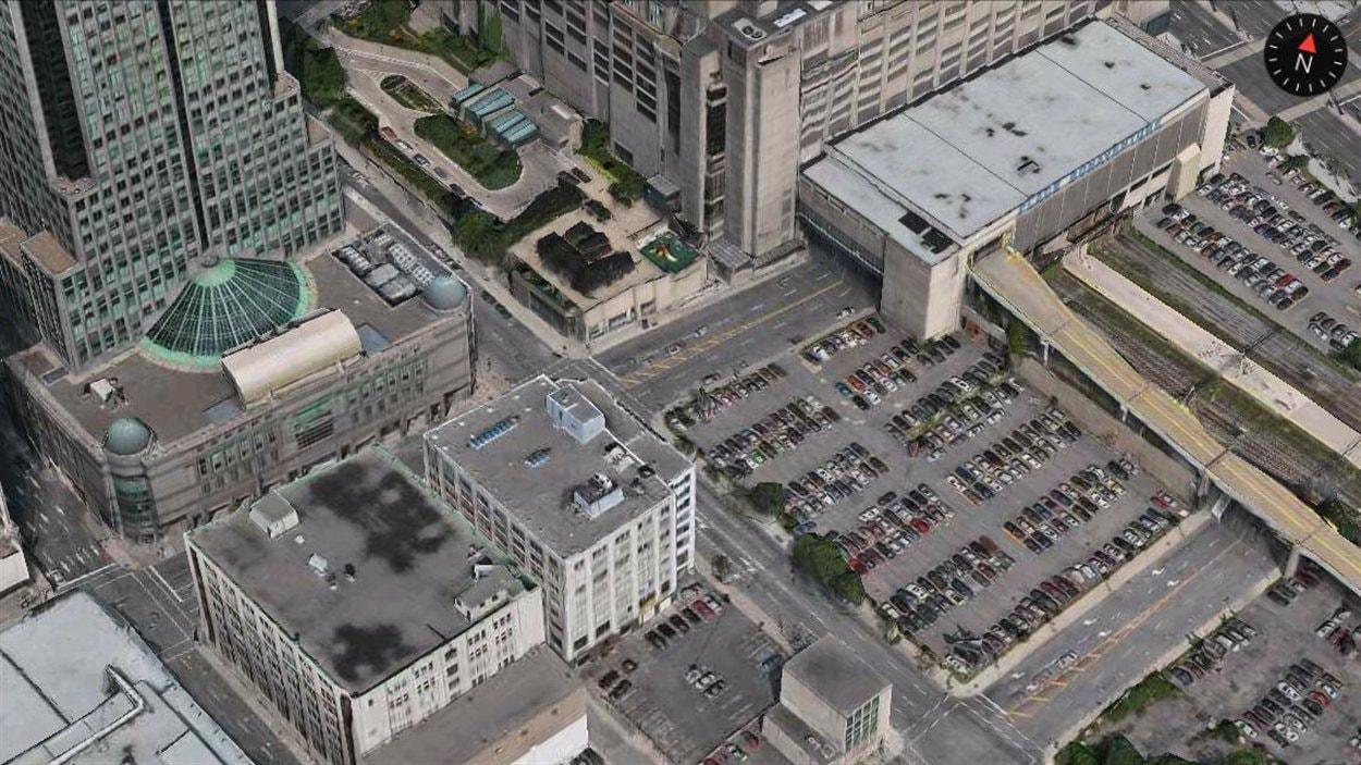 Ce stationnement pourrait servir d'extension au terminus de l'AMT au centre-ville
