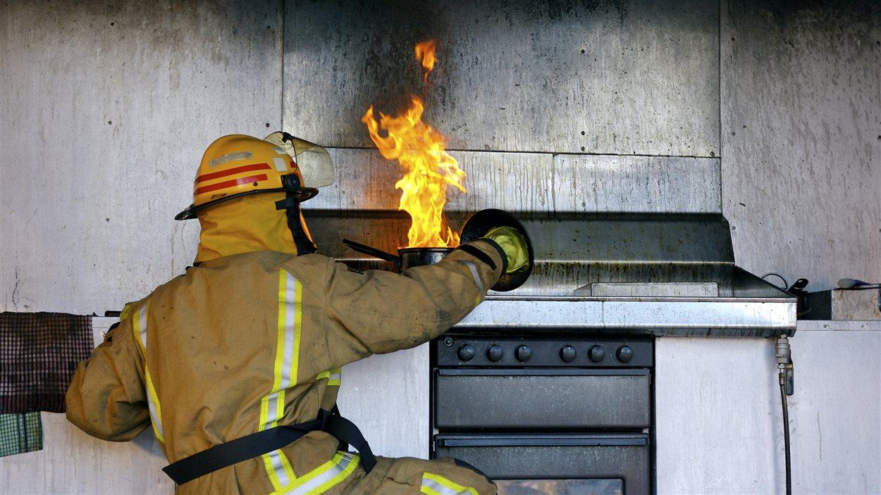 Prévenir les feux de cuisson