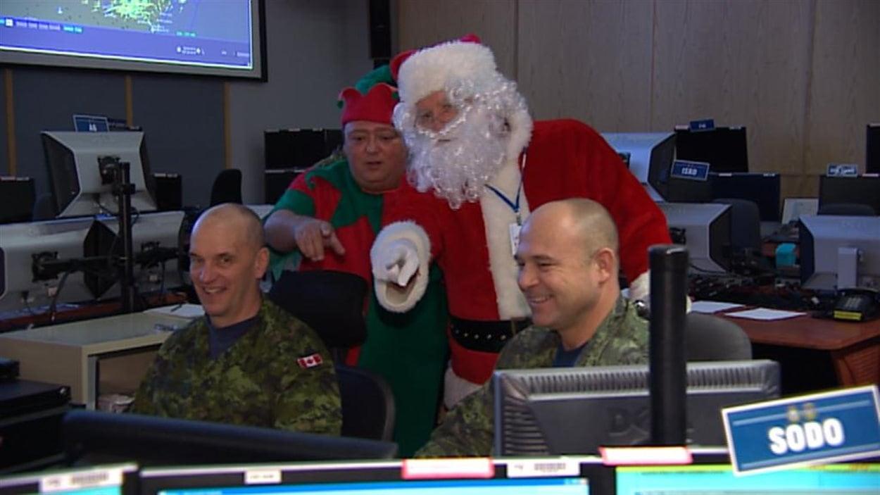 Norad Pere Noel NORAD suit le père Noël pas à pas depuis 60 ans | Radio Canada.ca