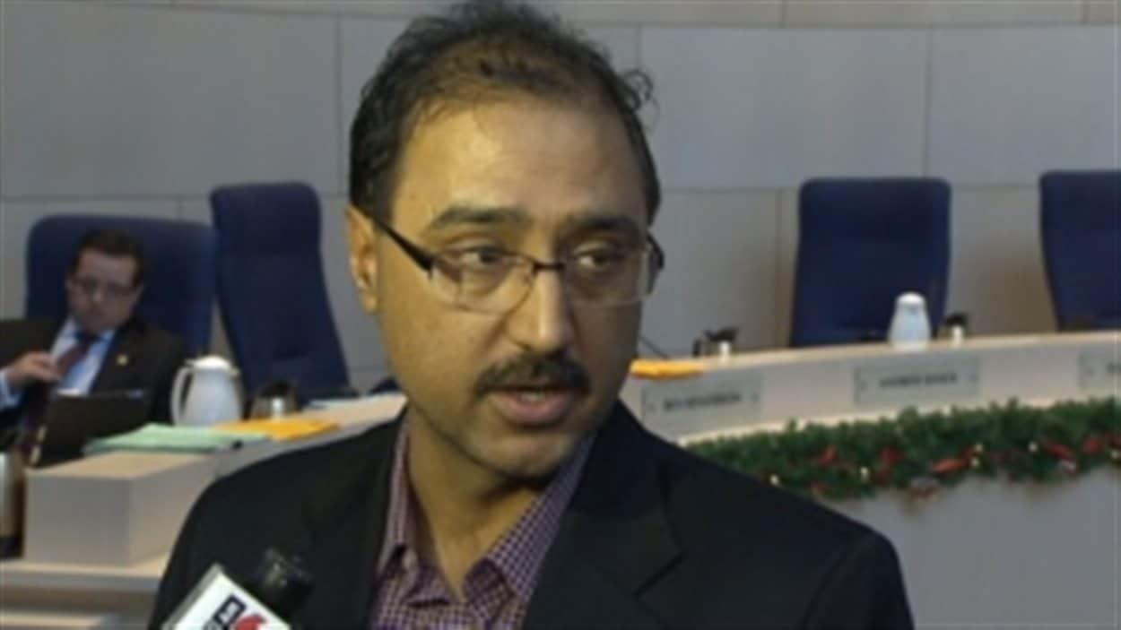 Le conseiller municipal Amarjeet Sohi