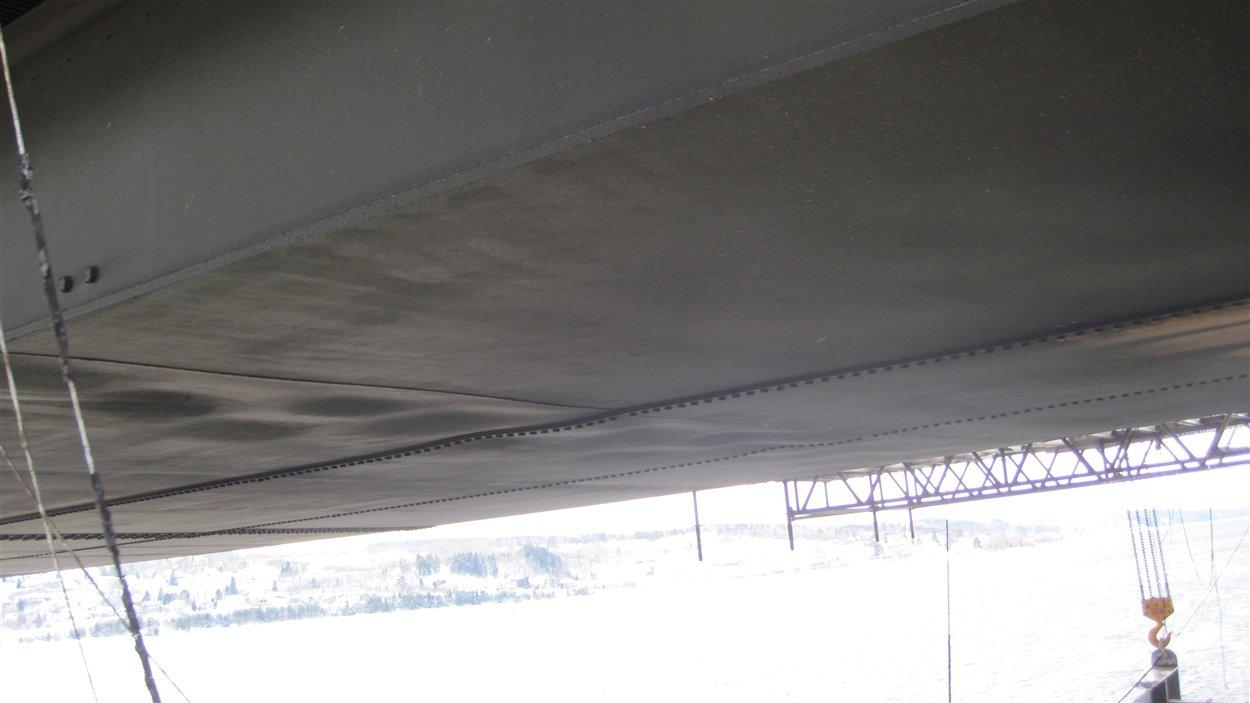 Dommages sous le pont