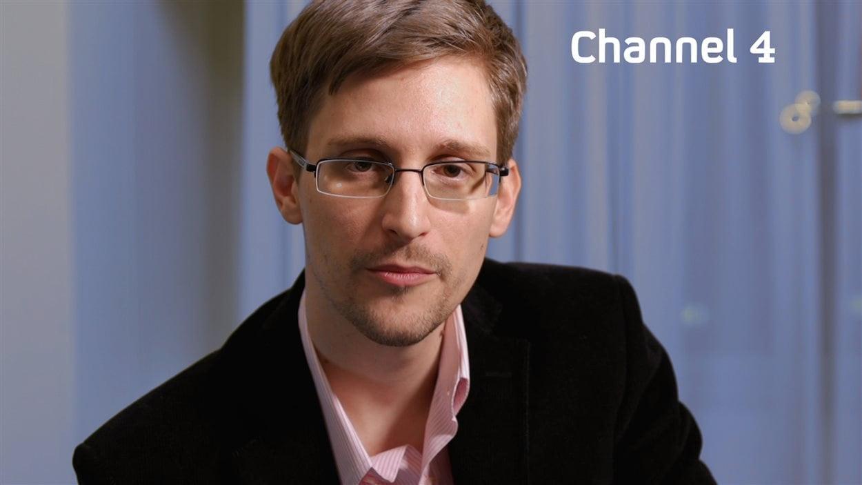 L'ancien consultant de la NSA, Edward Snowden, lors de son apparition télévisée de Noël à la chaîne britannique Channel 4