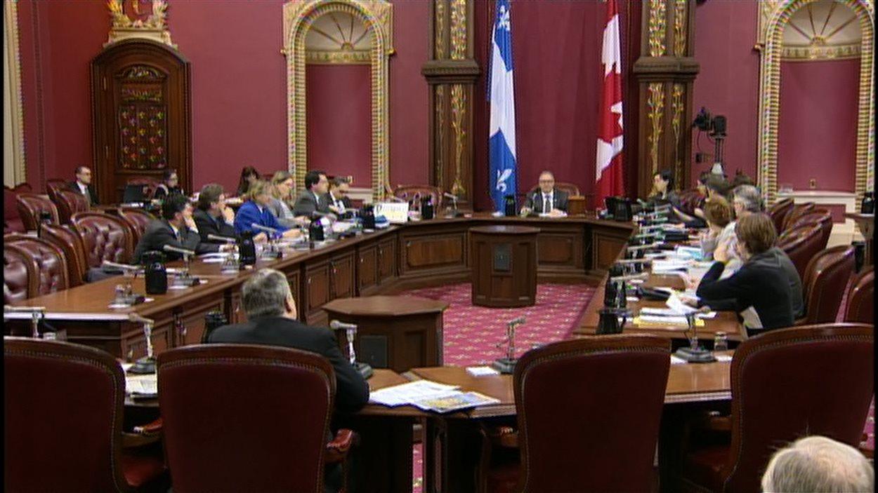 Pour la deuxième journée d'affilée, les audiences publiques sur la charte de valeurs se poursuivent à Québec.