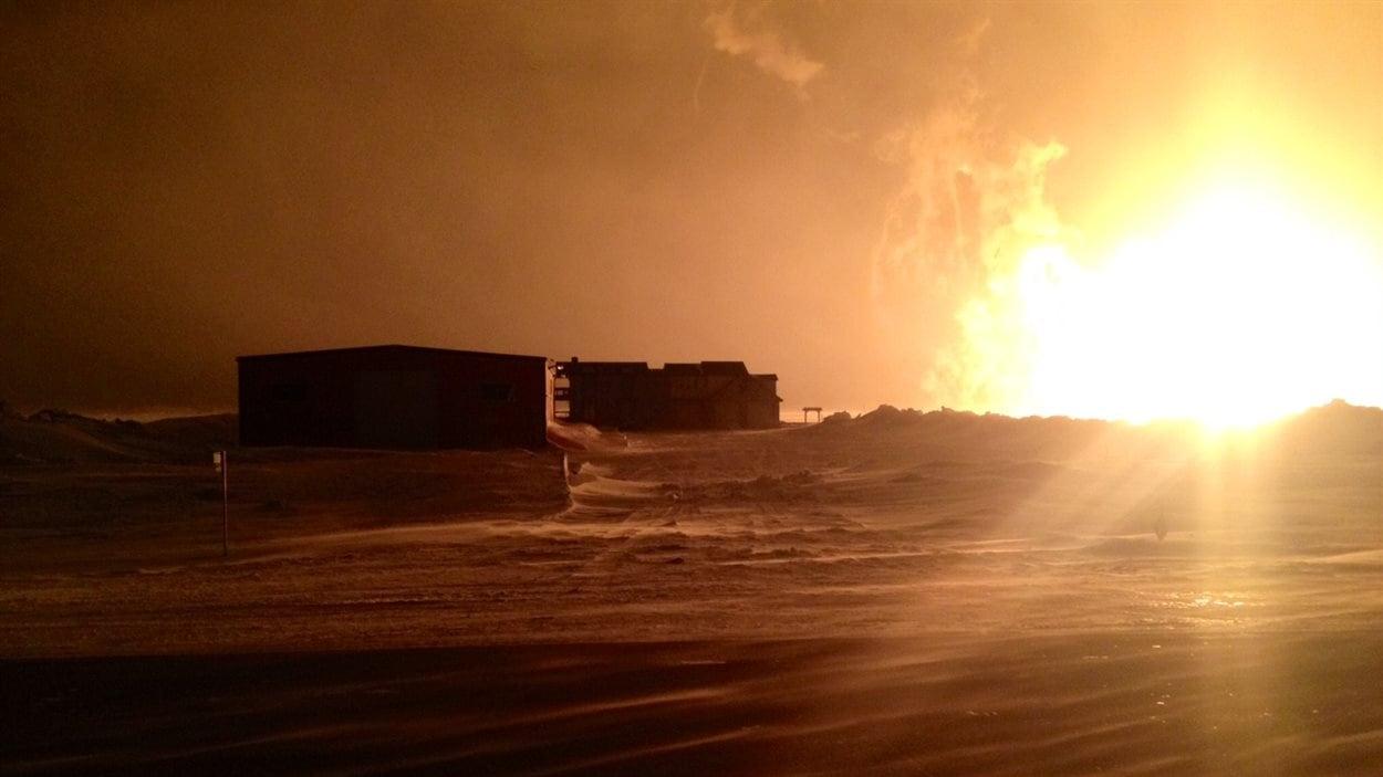 Un des résidents évacué après l'explosion d'un gazoduc près de Saint-Pierre-Jolys, Marc LaBossière, a pris une photo de sa maison.