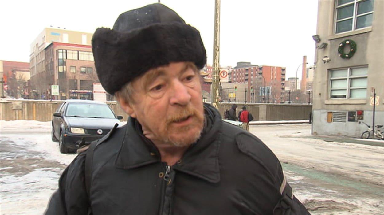 Hilaire Cyr, un itinérant, soutient que nombreux sont ceux qui se suicident après avoir été victimes de violence, notamment de la part des forces de l'ordre.