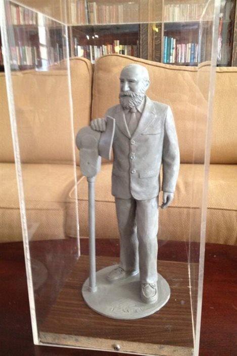 La maquette de la statue de George Forest que réalisera le sculpteur franco-manitobain Miguel Joyal.