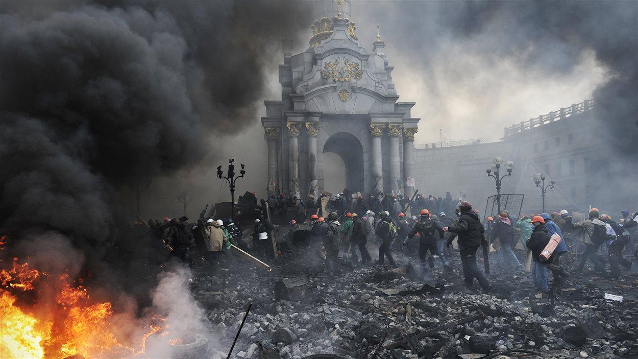 Un décor d'après-guerre au centre-ville de Kiev