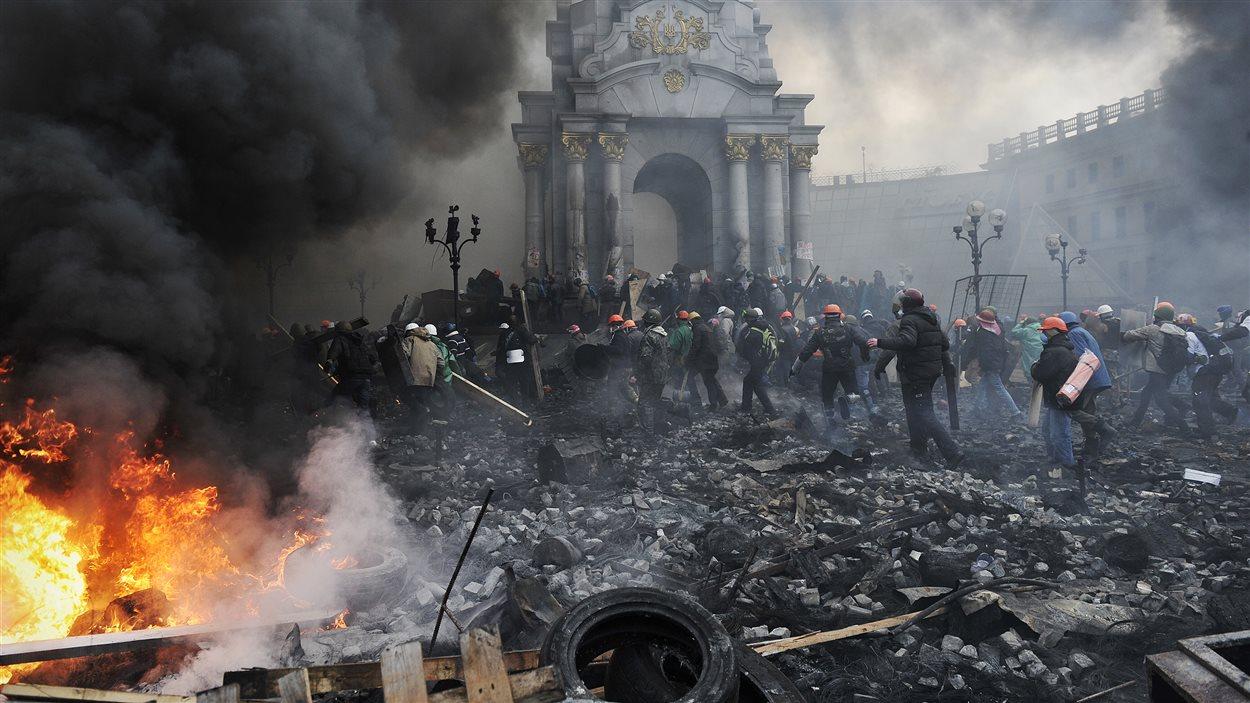 De nouveaux affrontements se préparent dans le centre de Kiev.