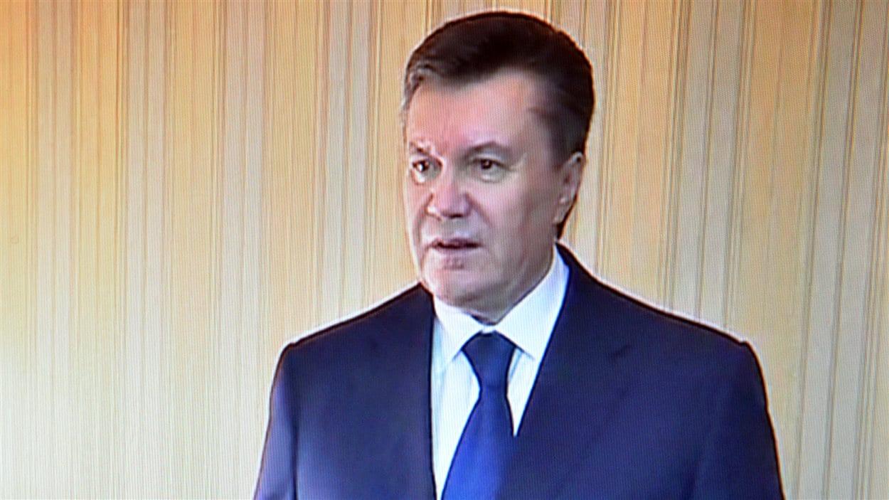 Le président Ukrainien, Viktor Ianoukovitch, à la télévision locale à Kharkiv, le 22 février