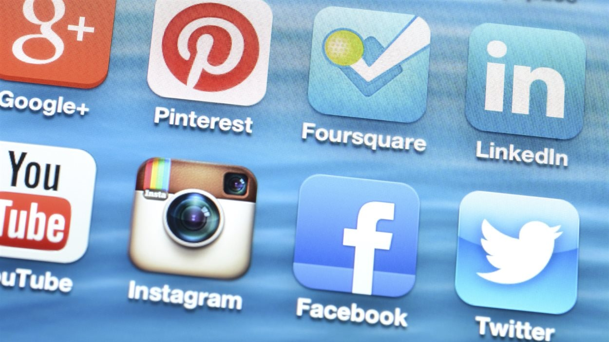 Les médias sociaux définissent notre identité numérique