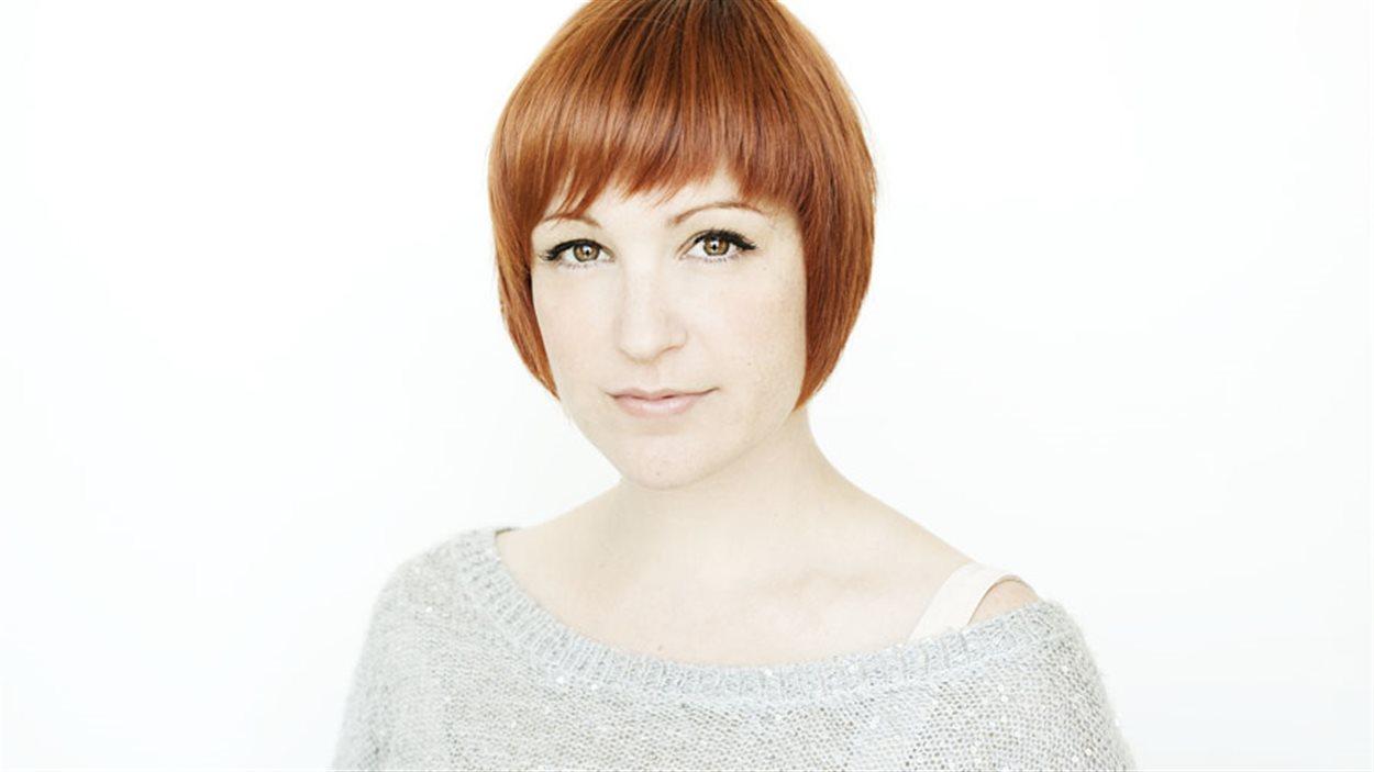 L'auteure, chroniqueuse et blogueuse Geneviève Pettersen, alias Madame Chose.