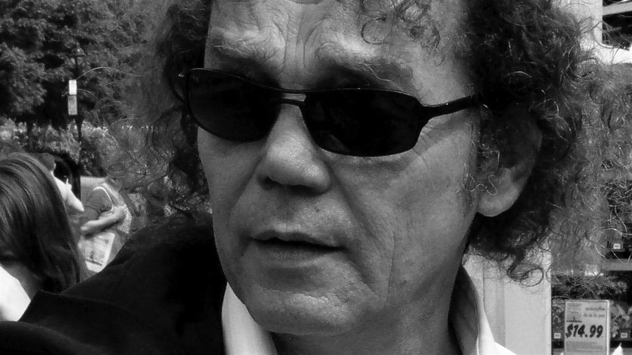 Le poète Jean-Marc Desgent en 2006.