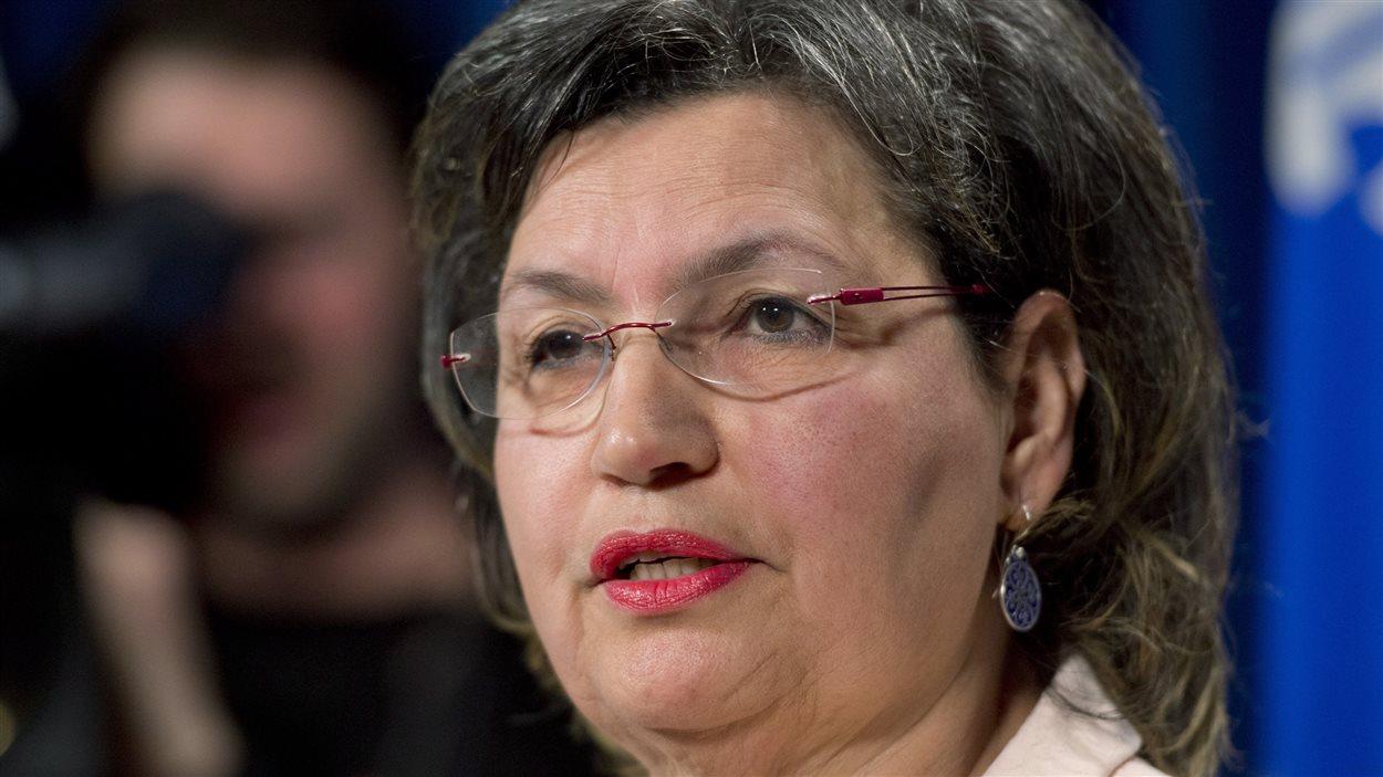 La député Fatima Houda-Pépin lors de l'annonce de sa candidature dans La Pinière