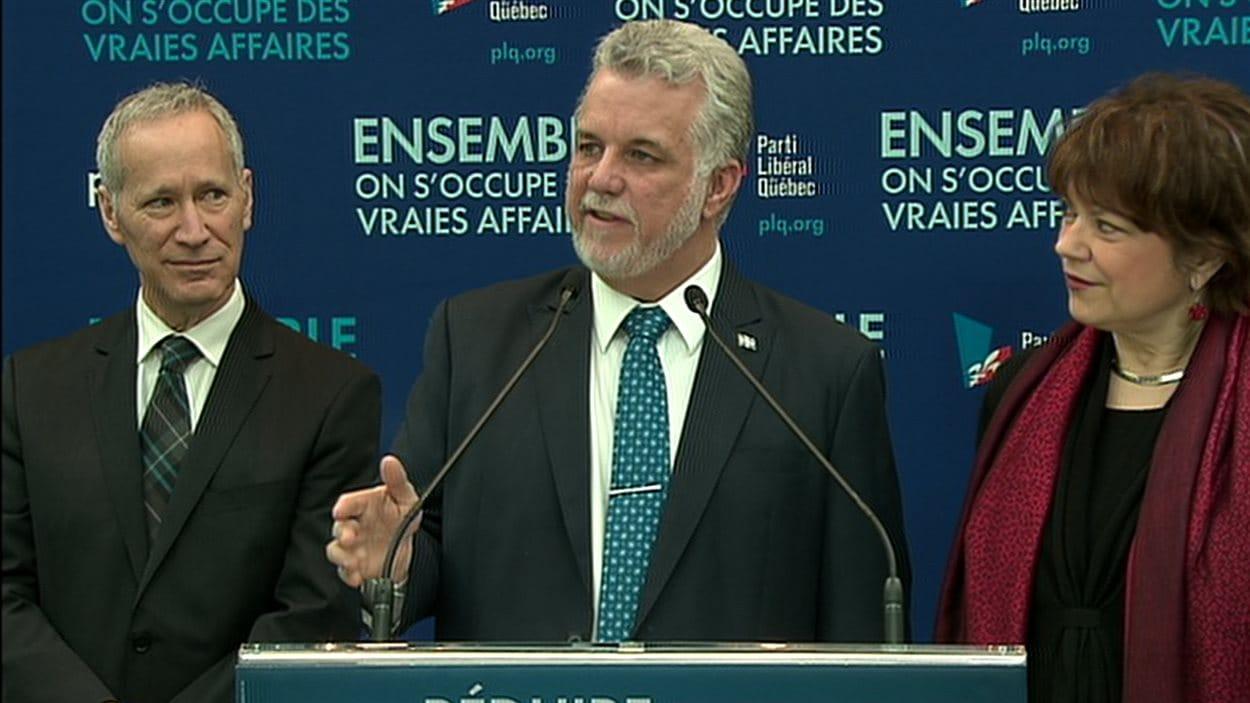 Le chef libéral Philippe Couillard, à Québec, le 10 mars