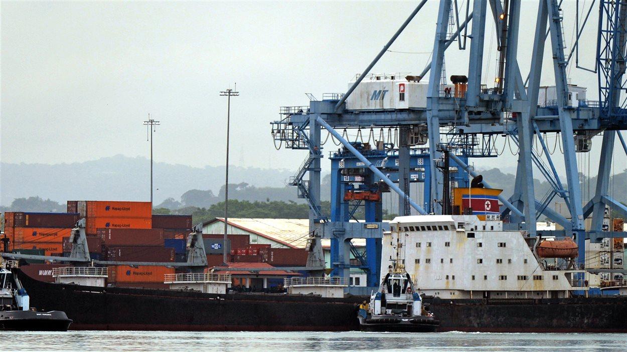 Le porte-conteneurs nord-coréen Chong Chon Gang, arraisonné à Panama