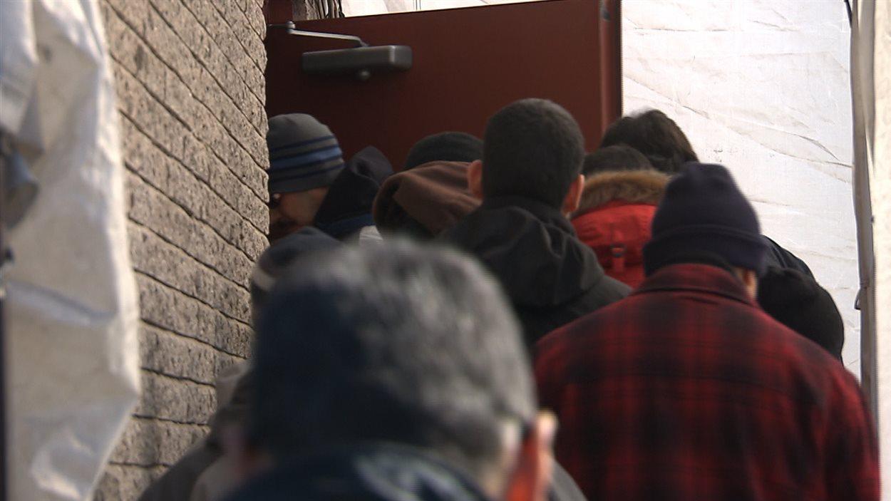 La communauté musulmane compte se mobiliser et voter contre la charte - et donc, contre le Parti québécois - aux élections du 7 avril.