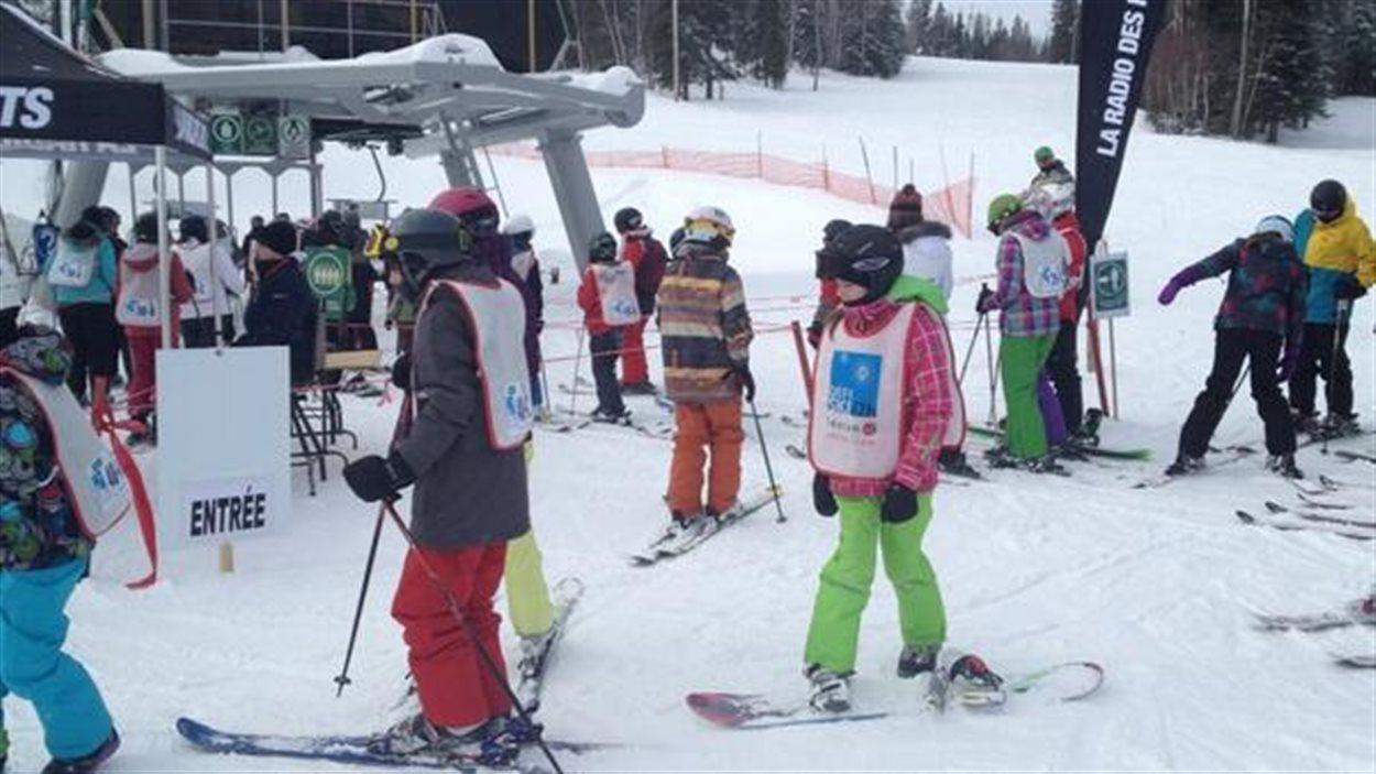 Le Défi ski 12h Leucan au Mont-Vidéo