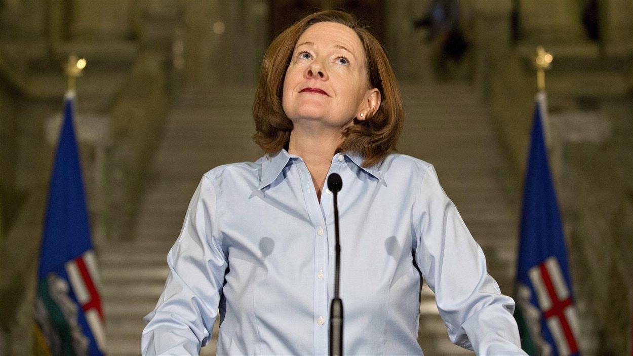 Alison Redford lors de l'annonce de sa démission comme première ministre de l'Alberta, mercredi, 19 mars.