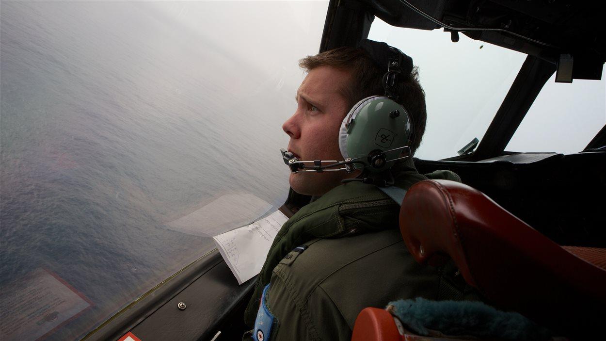 Des équipes ont recherché le vol MH370 pendant plus de deux semaines.
