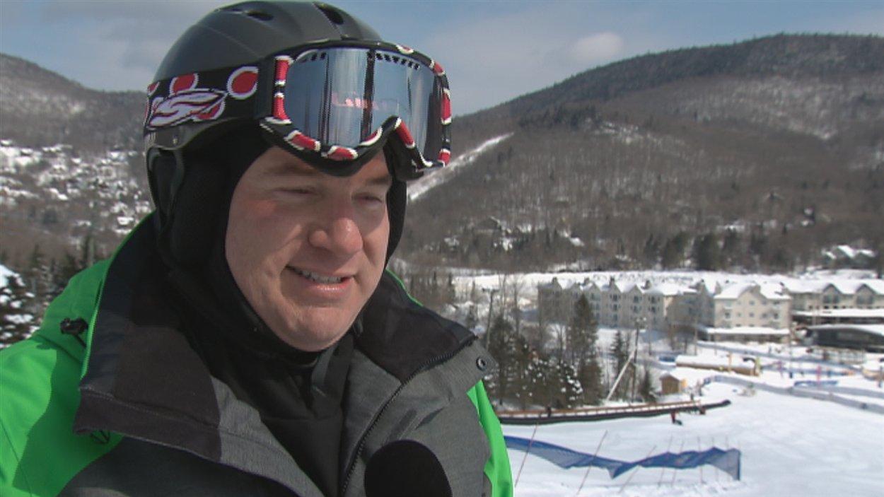 Jannick Duchesne, adepte du ski adapté