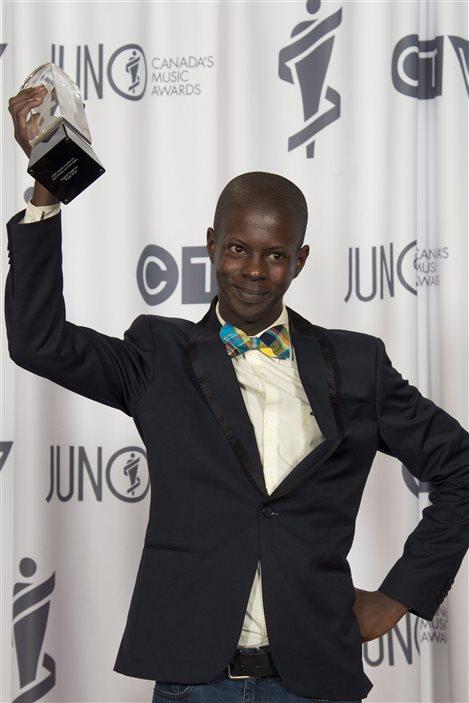 Karim Ouellet a remporté le trophée du meilleur album francophone de l'année.