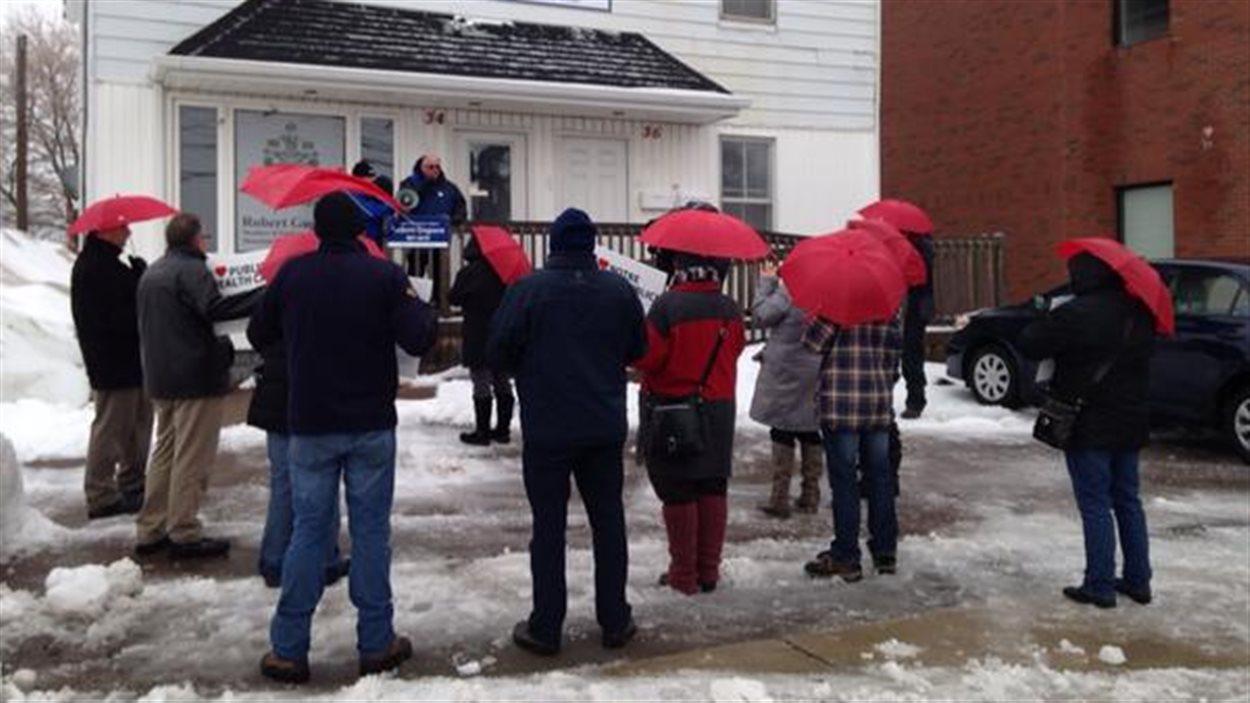 Manifestation à Moncton pour les soins de santé