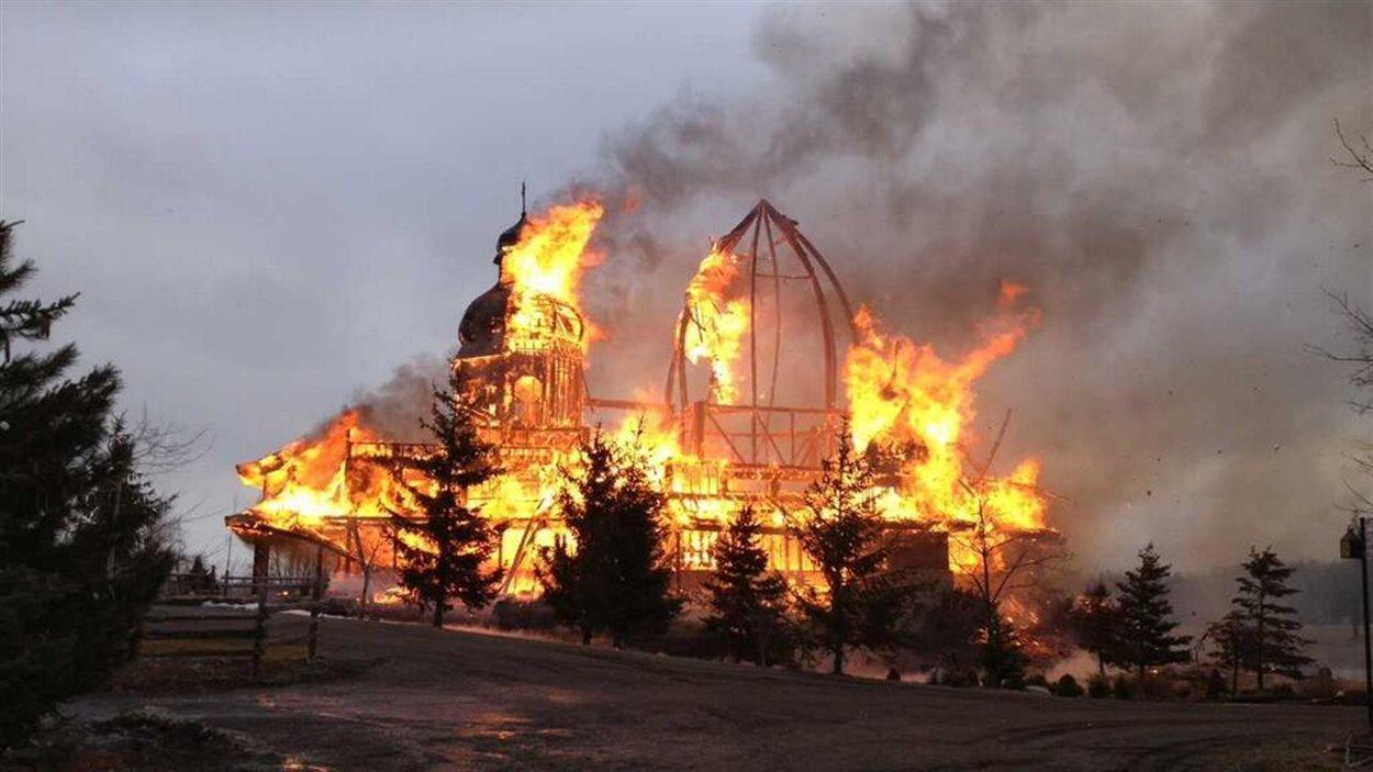 Incendie d'une église ukrainienne à Brampton