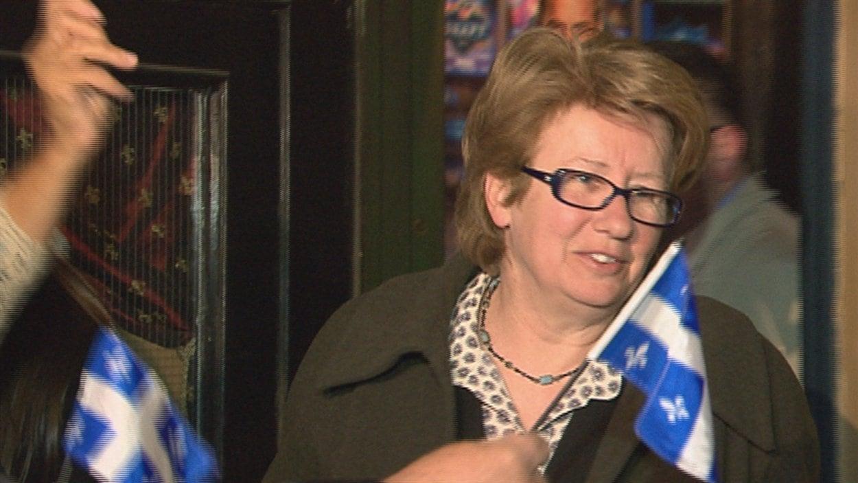 Agnès Maltais a obtenu une courte majorité de 398 voix dans Taschereau.