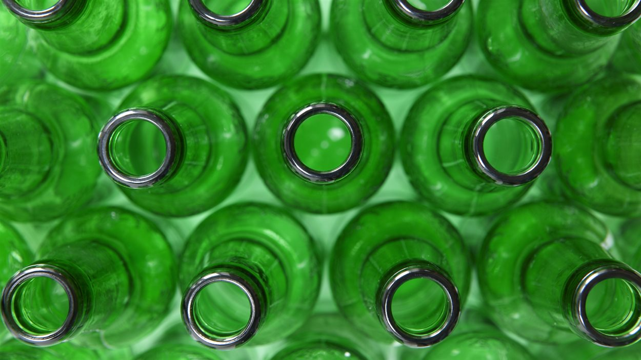 Des bouteilles vides