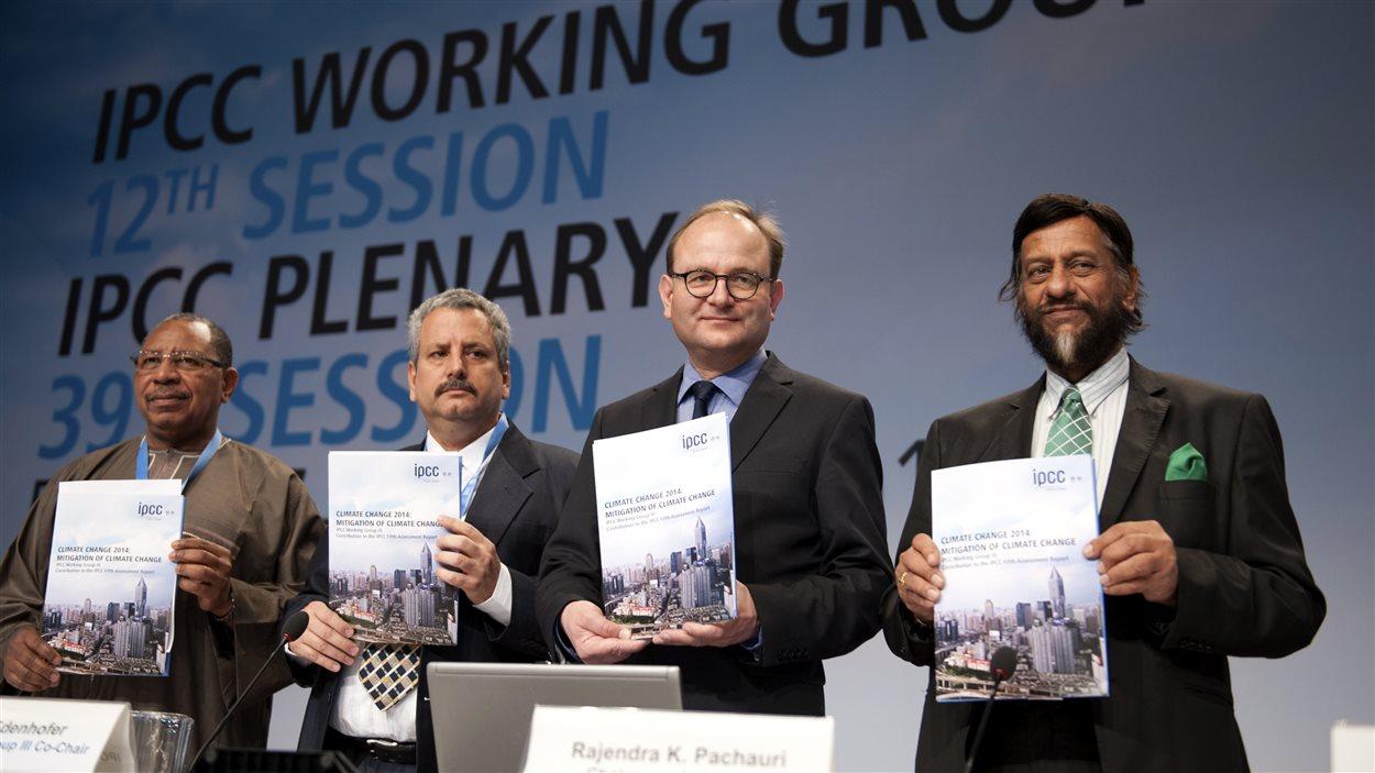 Des experts du Giec présentent à Berlin le troisième volet de leur cinquième rapport.