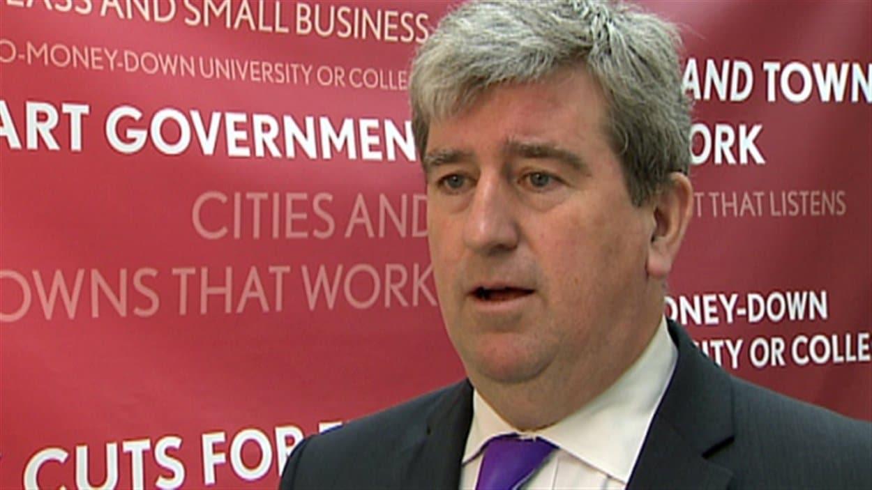 Le ministre des Transports, Glen Murray