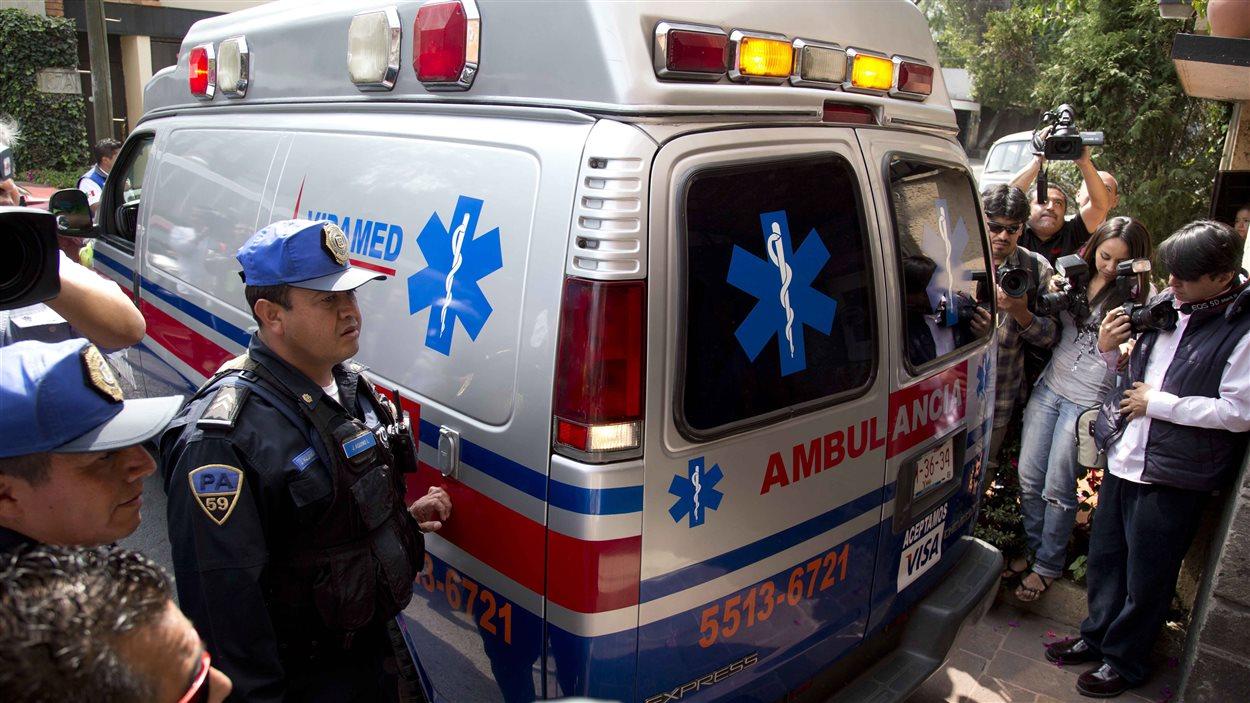 L'ambulance transportant Gabriel Garcia Marquez.